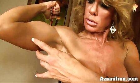 Madura estrella del porno en lencería de lujo es con impaciencia videos caseros señoras xxx follando su coño