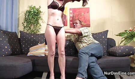 Jóvenes videos xxx caseros de señoras perras sin aversión a lamer tu coño y subir una polla