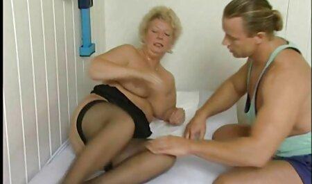 Joven cachonda novia tiene una videos caseros de señoras xxx cogida caliente con un pepino verde