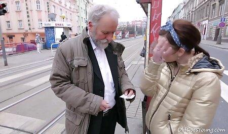 Compilación videos caseros maduras calientes de putas jóvenes con coño peludo con diferentes socios