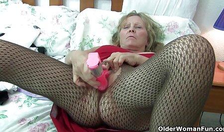 Juegos xvideos caseros maduras de cama de lesbianas maduras con juguetes sexuales en la posición 69