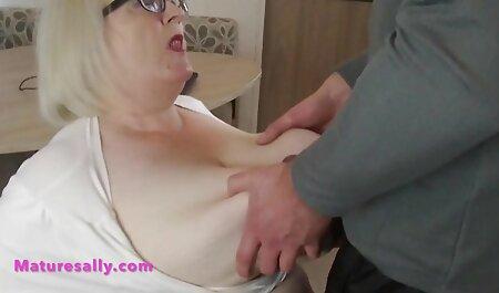 Dedos pegajosos en la vagina de una hermosa madura maduras caseras reales y follar a fondo