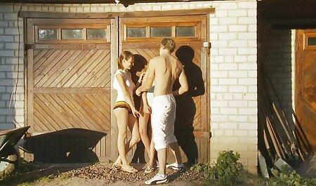 Modelo porno tirando del pene a la maduras calientes videos caseros profesión