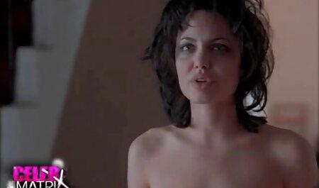 Dos modelo porno joven lamiendo señoras cojiendo caseros coño cada otro en la cama y disfrutar