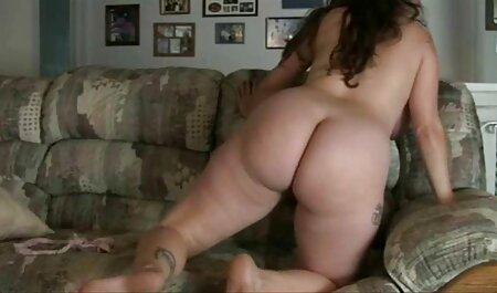 La chica tiene una fiesta desnuda en el videos caseros de maduras masturbandose patio y brillar