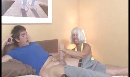 Depravado madura puta coño videos caseros maduras amateur sabe todo acerca de caliente dedo masturbación