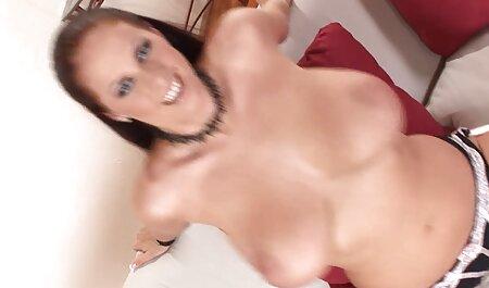Modelo porno había dominado maduras caseros gratis el arte de la seducción