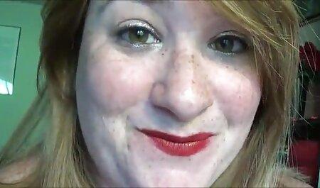 Adolescente flaco chica videos caseros de esposas maduras maneja la polla de una manera segura