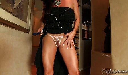 Depravado madura porno Estrellas provocativas un hombre maduras caseras infieles en una cogida duro