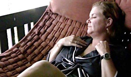 Sexy videos caseros de maduras peludas madura ama de casa invita a un fontanero a limpiar su mamada con una polla