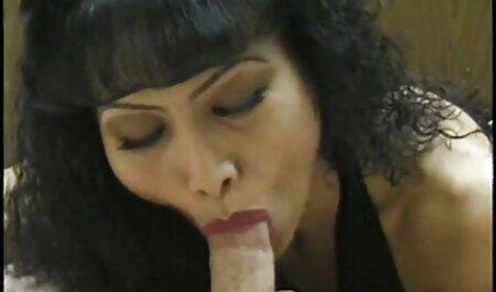 Interesante maduras casero españolas porno compilado con una furgoneta con la chica en la calle