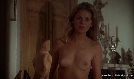 Estrella porno madura tiene sexo caliente con una videos caseros de señoras teniendo sexo joven modelo en el sofá hasta el orgasmo