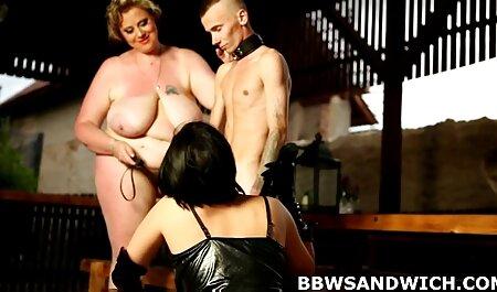 Un chico del pene maduras videos caseros xxx obtener inesperadamente acariciado por una sexy mujer madura
