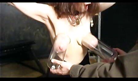 Culo de un joven atrevido puta con duro sentado en un videos caseros mexicanos de maduras consolador gigante