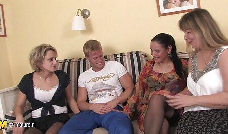 Dos videos gratis maduras caseros maduras de Ébano lesbianas lamer sus coños para brillar