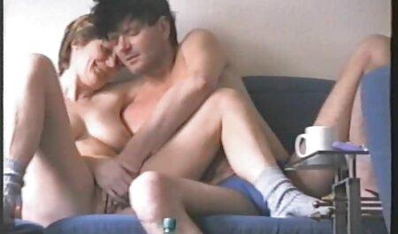 Viejo hombre undressing en frente de la rubia médico y maldito videos caseros de maduras culiando su en examen