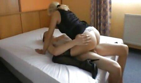 La maduro bbw teaches la joven puta cómo a lesbiana sexo con la consolador videos caseros con señoras